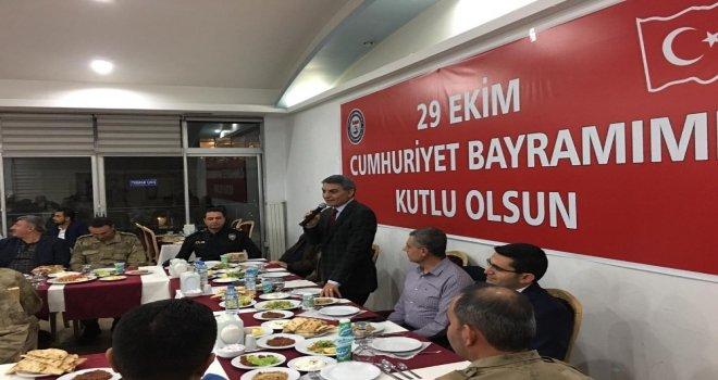 Kaymakam Özkan, Güvenlik Güçlerini Yemekte Ağırladı