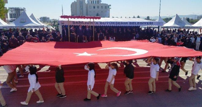 Şanlıurfada Cumhuriyet Bayramı Kutlandı
