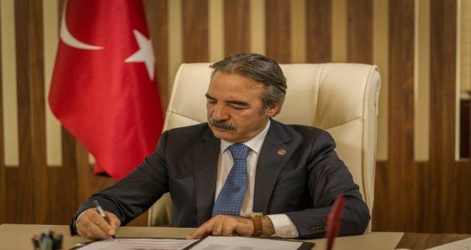 """Nevü Rektörü Bağlı, """"29 Ekim, İstikbal Mücadelemizin Nişanıdır"""""""