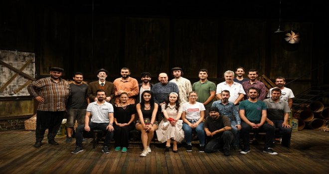 Alanya Belediye Tiyatrosu Sezonun İkinci Prömiyerini Yapıyor