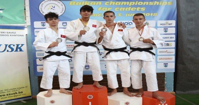Osmangazili Judocu Balkan Şampiyonu