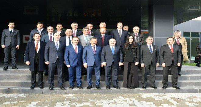 Başkan Zihni Şahin, Bakan Mustafa Varankı Ağırladı.