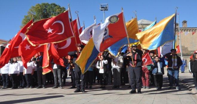 Bitliste 29 Ekim Cumhuriyet Bayramı Coşkusu