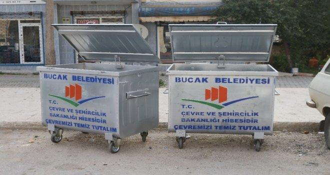 Sıfır Atık Projesi Kapsamında Bucaka 80 Çöp Konteynırı