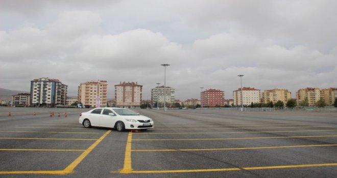 Konyada Makam Şoförlerine İleri Sürüş Eğitimi