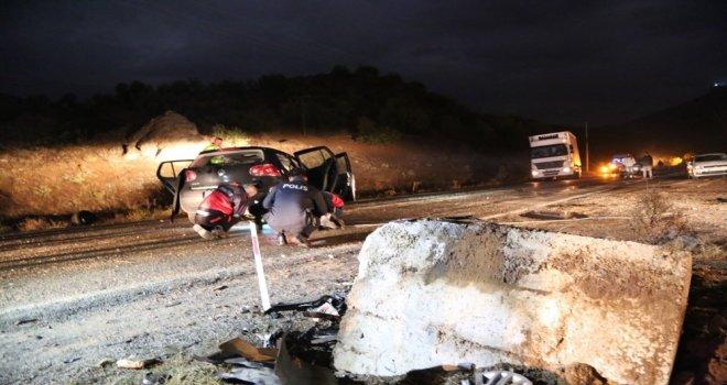 Tuncelideki Kazada 2 Kişi Hayatını Kaybetti