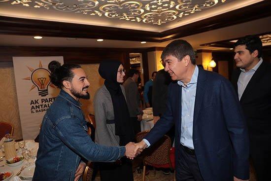 Başkan Türel, Gençlerle Buluştu