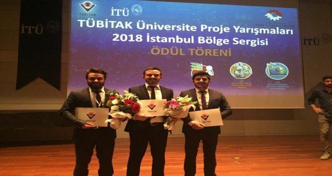 Düzce Üniversitesi Öğrencilerinden İkincilik Ve Üçüncülük Başarısı