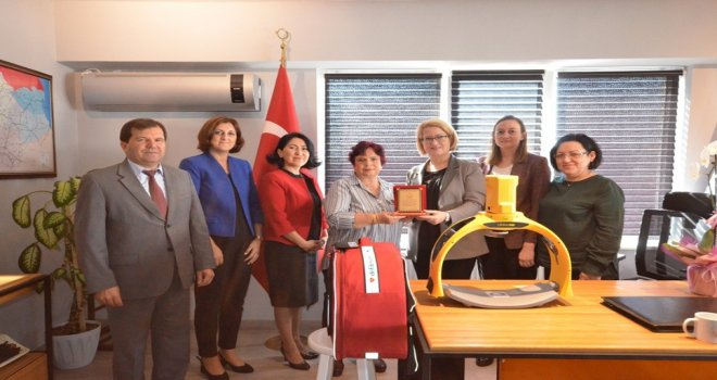Pınarhisar Devlet Hastanesine Cpr Cihazı Bağışı