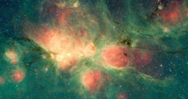 Nasa, Kedi Pençesi Bulutsusunun Görüntülerini Yayınladı