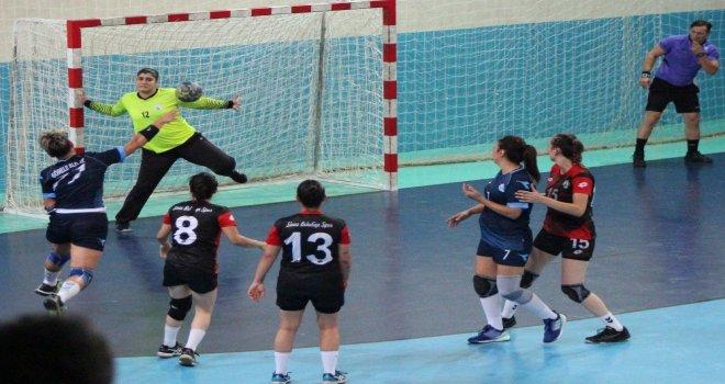 Görele Belediyesi Bayanlar Hentbol Takımı Sivas Belediyesporu 32-30 Mağlup Etti