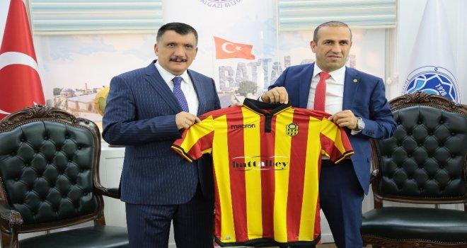 Yeni Malatyaspor Başkanı Gevrekten Gürkana Ziyaret