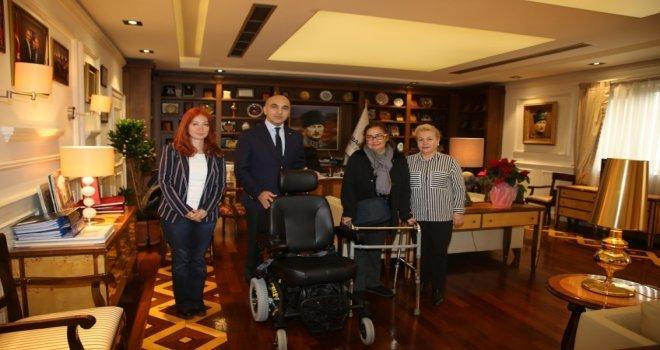 Başkan Kerimoğlu, Alsmnh Hastasını Sevindirdi