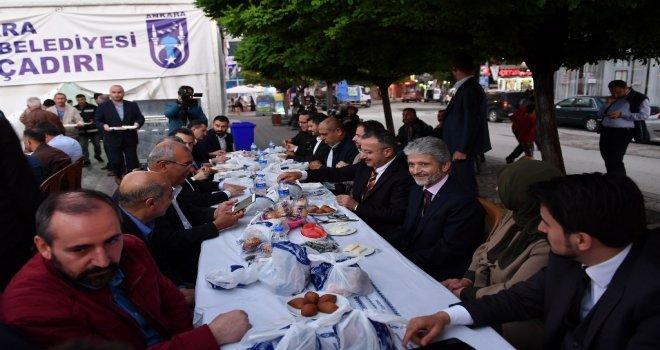 Başkan Tuna Polatlıda İftar  Yaptı