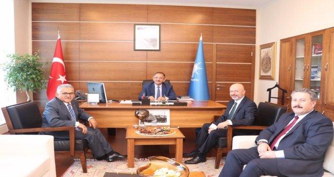 Metropol İlçe Belediye Başkanlarından Özhasekiye Ziyaret