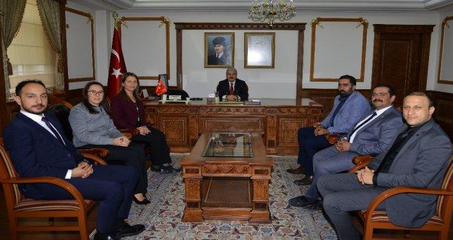 Kırşehir Barosu Yeni Yönetimi Vali Akını Ziyaret Etti