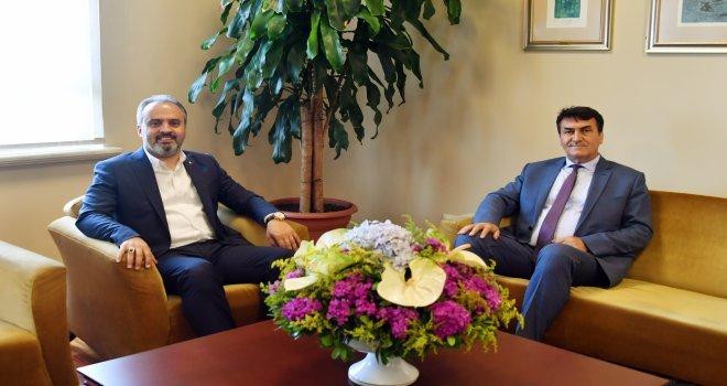 Büyükşehir Belediye Başkanı Alinur Aktaştan Başkan Dündara Ziyaret