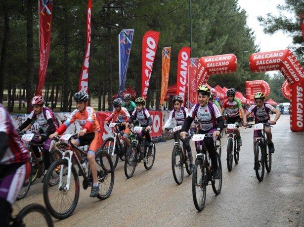 Uluslararası Dağ Bisiklet Yarışlarına 350 Sporcu Katıldı