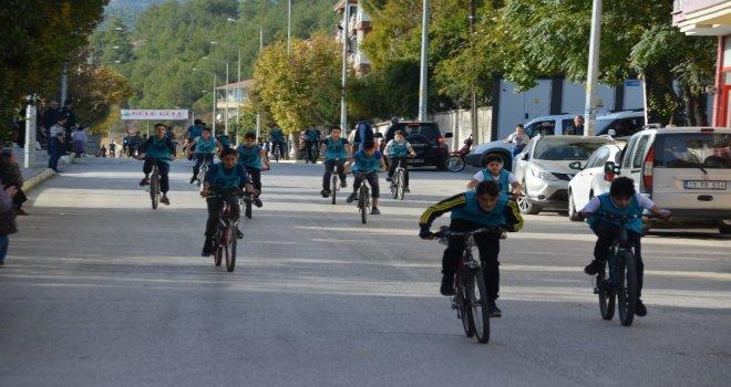 Bisiklet Yarışları Yapıldı