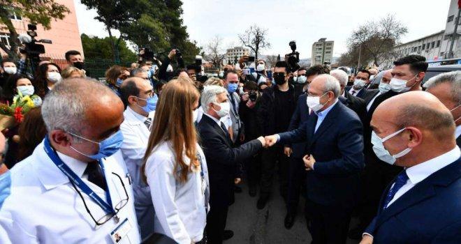 Kılıçdaroğlu korona kahramanlarıyla buluştu
