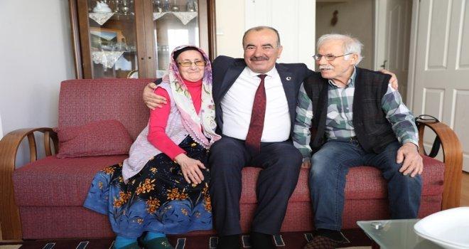 Başkan Türkyılmaz, Mudanyalıların Evine Konuk Oluyor