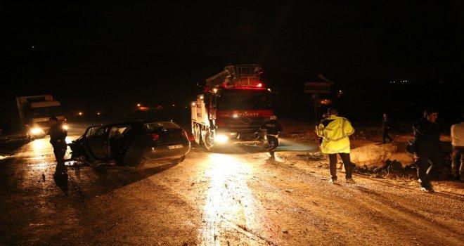 Tuncelide Trafik Kazası: 2 Yaralı