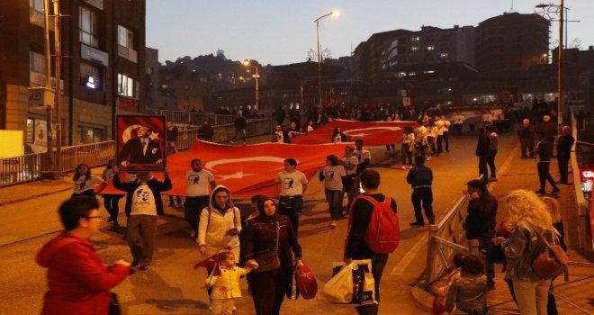 Zonguldakta Fener Alayı Yürüyüşü Düzenlendi