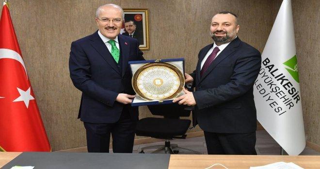Balıkesir Büyükşehirde Yeni Genel Sekreter Mustafa Küçükkapdan Oldu.
