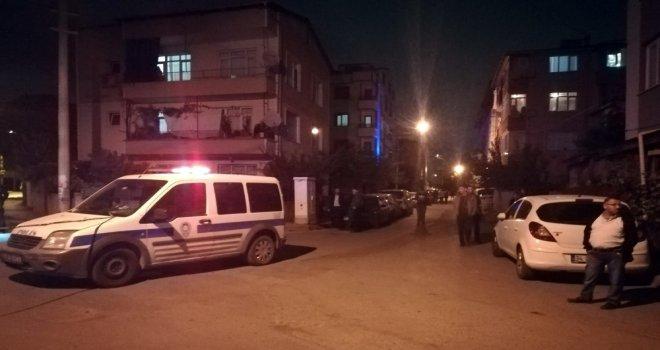 Çocukluk Arkadaşını Sokak Ortasında Silahla Öldürdü