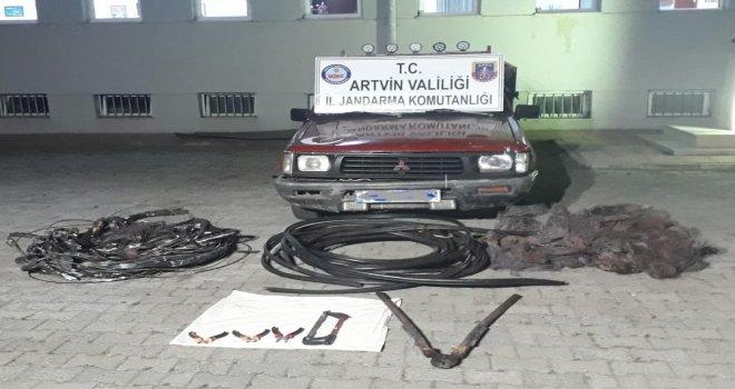 Kablo Hırsızları Çaldıkları Kablolar İle Yakalandı