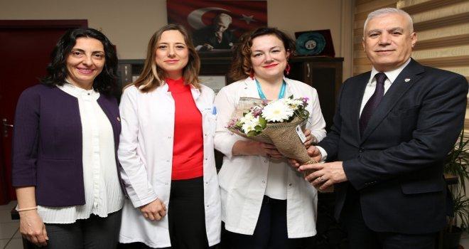 Hekimlerin İtibarı En Üst Seviyeye Çıkarılmalı